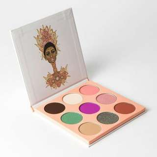 ❤Instock Juvia's The Douce Eyeshadow Palette❤