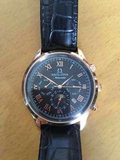 Solvil Et Titus 鐵達時天長地久黑色皮帶手錶