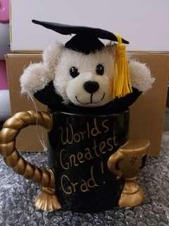 畢業杯連小熊公仔