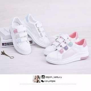 #151 镂空小白运动鞋