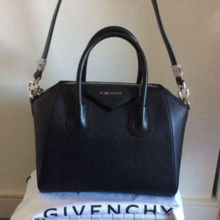 Quick sale-Givenchy Antigona small