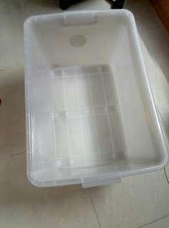 儲物硬膠箱(63*45.5*36cm)两個共$65