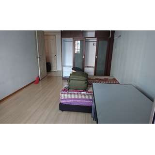 Master Room @ Tampines Street 81 blk 897A - available for rent to Single person