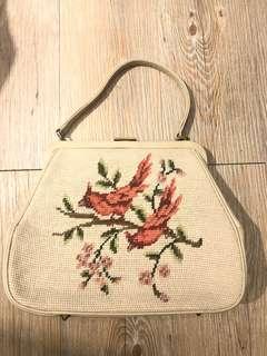 La Blanche vintage 1969s 復古 米白色 古董 雀仔十字繡花手袋