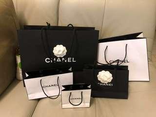🚚 Chanel紙袋 (內小黑售出)