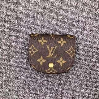 Louis Vuitton coin n card holder