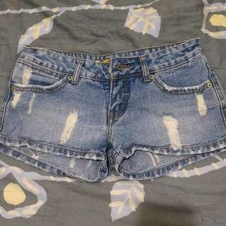 復古刷白牛仔短褲