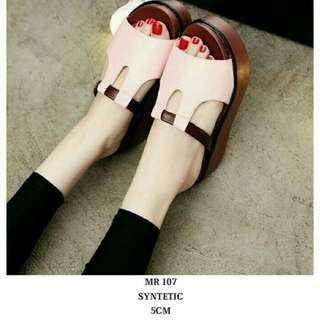 Sandal wedges pink