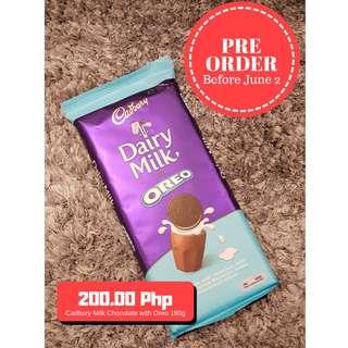 [PRE-ORDER]Cadbury Dairy Milk Chocolate with Oreo Vanila 180g Block