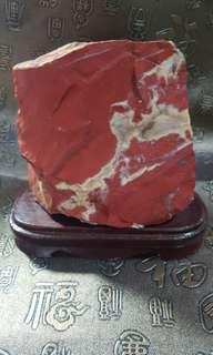 天然紅碧玉石擺件,珍貴、罕有 11x13cm,$400。