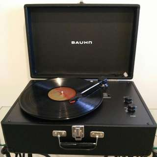 Vintage Suitcase Turntable With Integrated Stereo Speakers