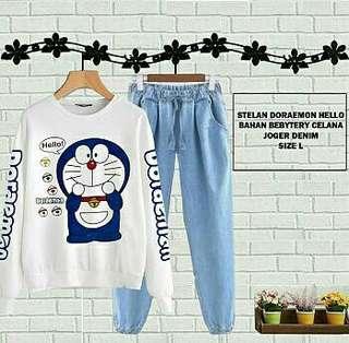 Set Denim Doraemon Hello HD13 78.000 Matt Atasan Babyterry, Celana Denim Katun, Fit L, 0.3kg