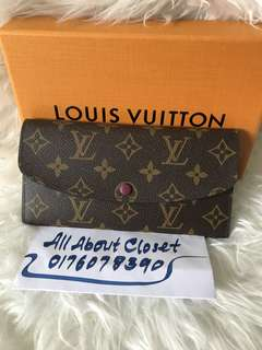 Customer's purchased, Louis Vuitton Emilly Wallet