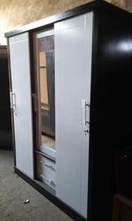 lemari pakaian pintu 3