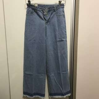 BRAND NEW RIPPED COLOURBLOCK JEANS FROM KOREA
