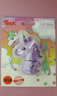 TREK 32GB Thumbdrive - Unicorn