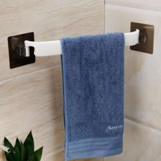 Corner Bathroom Towel Rack Wall Mounted Hanger Suction Cup Bar Holder