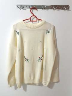BNWT Cream knitted sweater