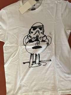 UNIQLO Star Wars graphic Tshirt