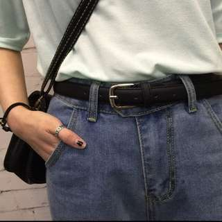 FLASH SALE $7.90 Brand new black minimalist belt