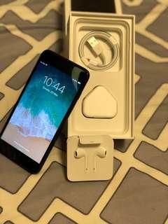 iphone 7 plus 32 GB. Mint Condition