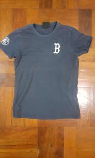 Unused Navy T-shirt for sale!! (MLB)