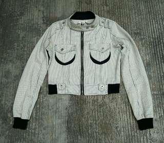 Crop Jacket bbuckkooki jeans