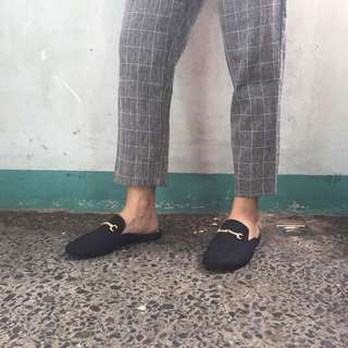 GUCCI INSPIRED MULES IN BLACK SUEDE