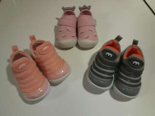 3 pairs of Baby shoes 幼兒鞋3對