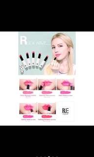 Ruekwave action melting moisture lipstick