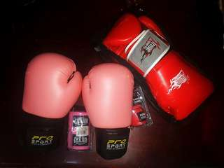 Muay thai gloves with hand wrap