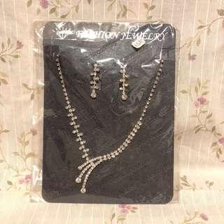 仿鑽石頸項及耳環套裝 結婚物資 婚紗 晩裝