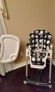 MUST GO Peg-perego high chair