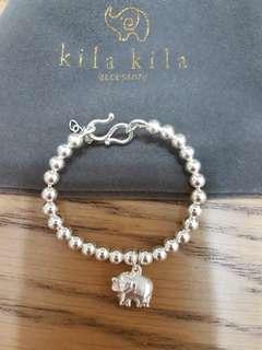 寶寶純銀小象幸運手環.戴起來是挺版型的.手圍15cm內可戴