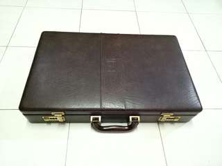 Tas jadul vintage hard briefcase with combination lock