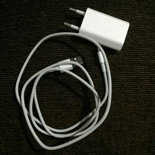 Kabel dan Kepala Charger Iphone