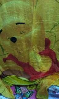 Selimut anak motif pooh