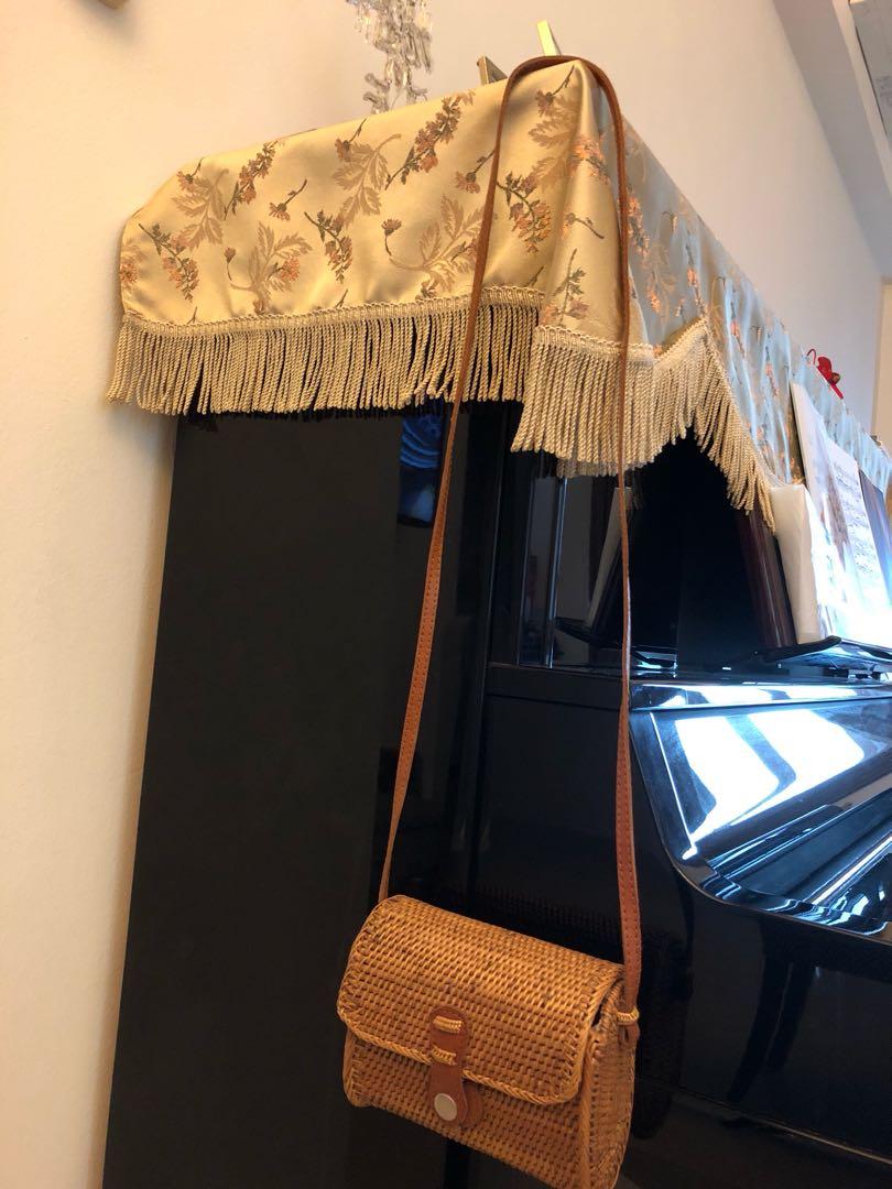 8e4c2e33feb Bali rattan bag, Women s Fashion, Bags   Wallets, Handbags on Carousell