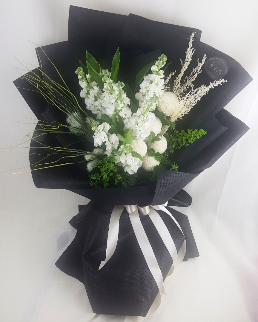 Flower Bouquet Korean Style Everything Else Others On Carousell