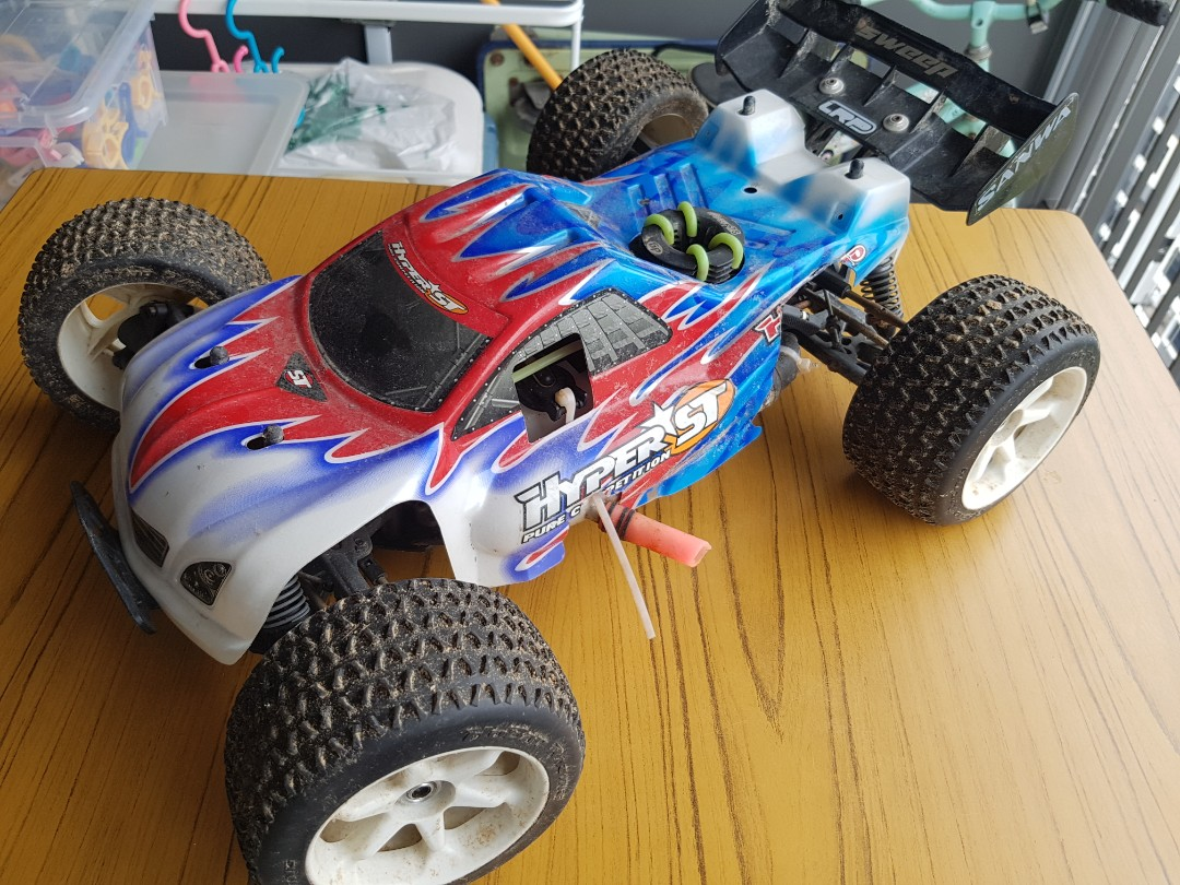 HOBAO HYPER ST 1/8 Nitro 4wd truck, Toys & Games, Others on