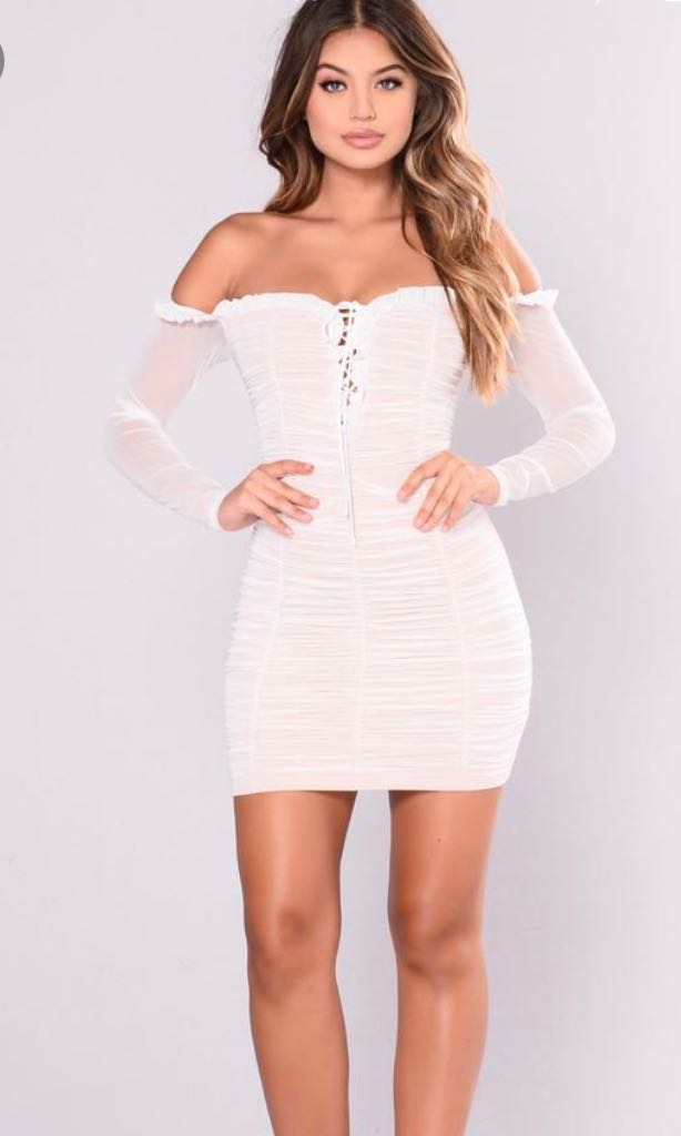 ISO this dress In a small!