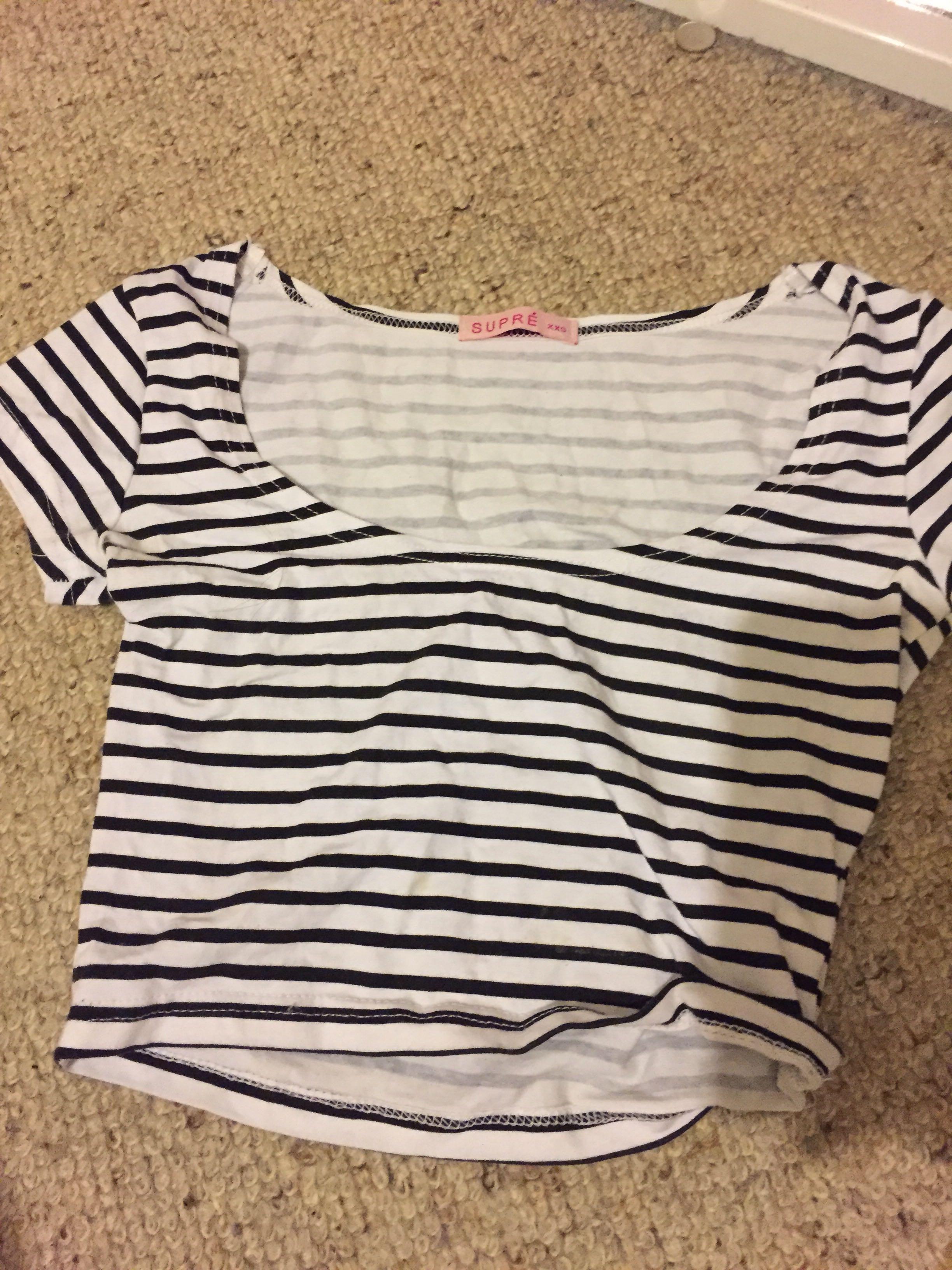 Striped cropped tshirt