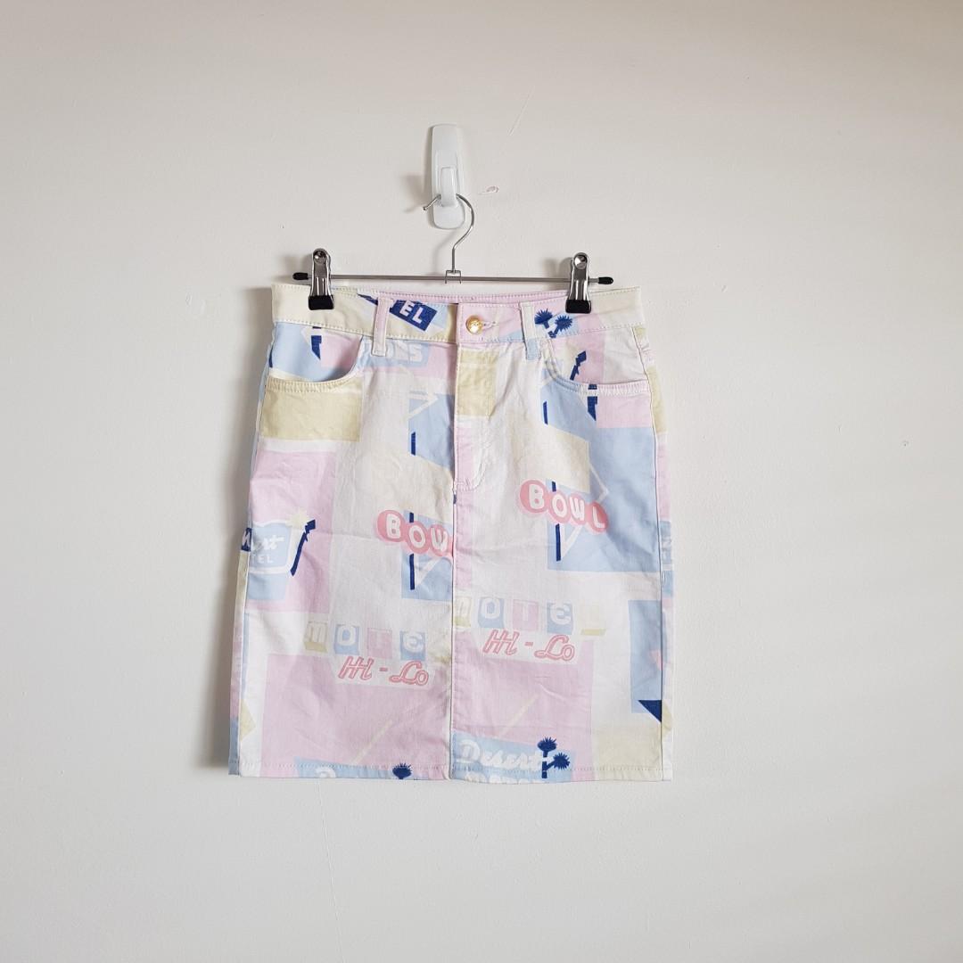 TOPSHOP Retro Pop Art Skirt