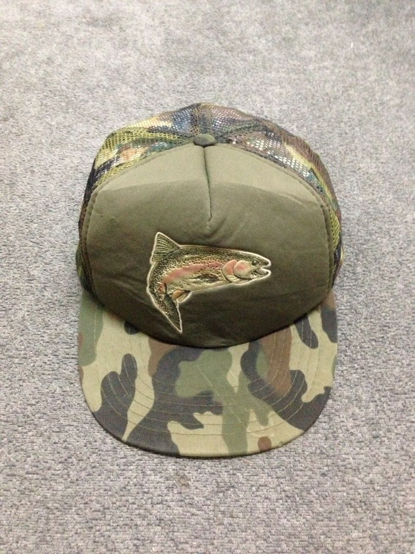 f520d19d VINTAGE CAMO CAPS, Men's Fashion, Accessories on Carousell