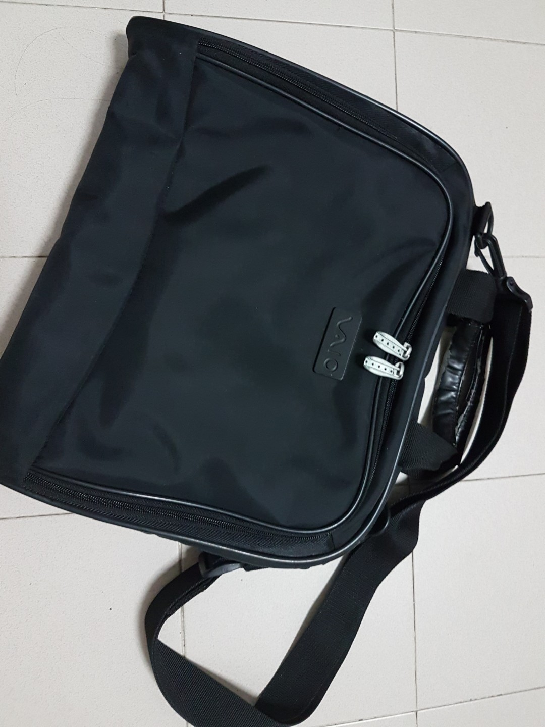 09254f21fca7 Vaio notebook bag for 13 to 14