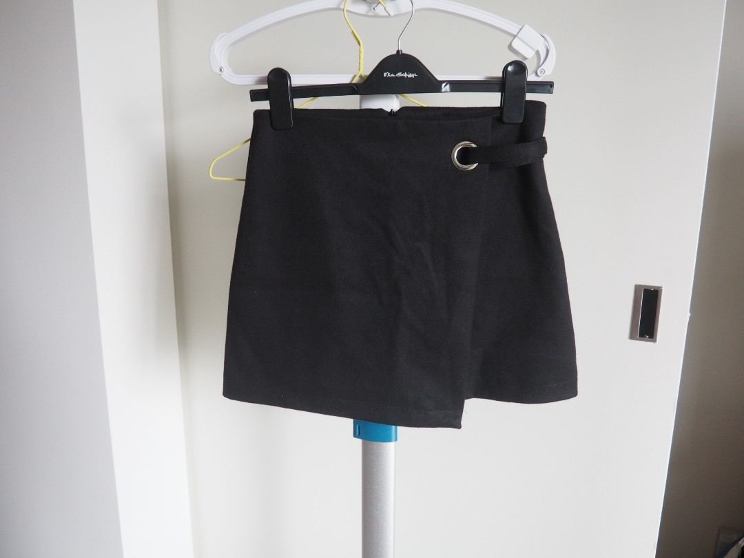 Winter black mini skirt