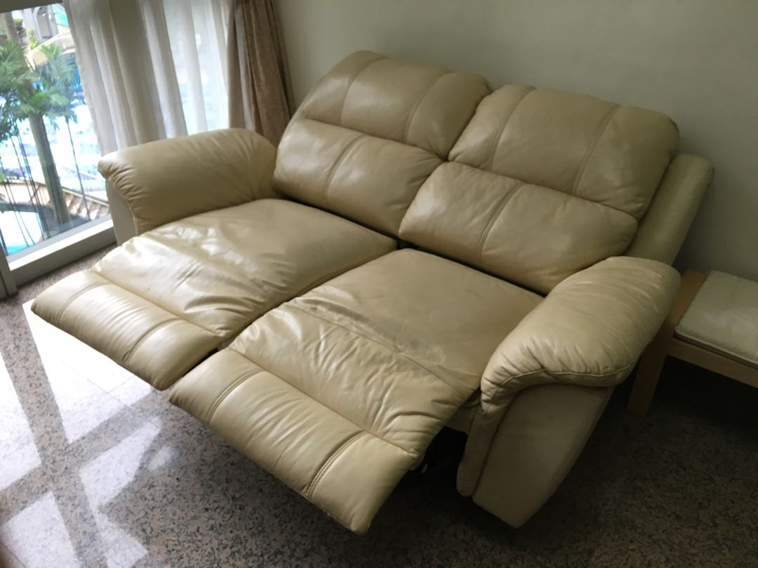 Wts Leather Recliner Sofa Furniture Sofas On Carousell