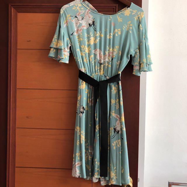 43385b18 Zara printed crane dress, Women's Fashion, Clothes, Dresses & Skirts ...