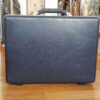 Vintage Samsonite Navy Blue Leather Thin Briefcase
