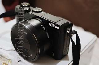 Nikon J5 - Black Mirrorless